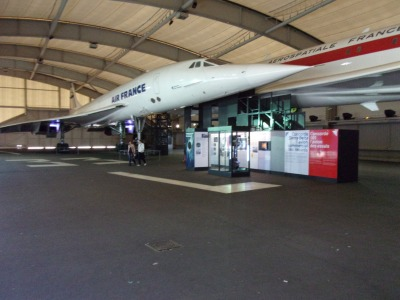Concorde: prototype 001 and series airliner.