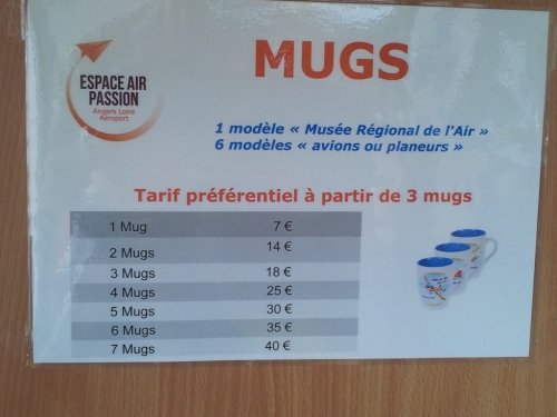 Mugs prices at the Museum Espace Air Passion.